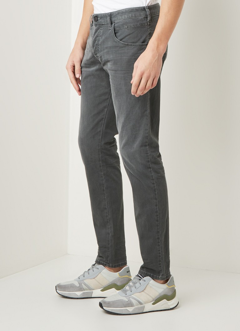 Diesel - D-bazer tapered fit jeans met stretch - Donkergrijs