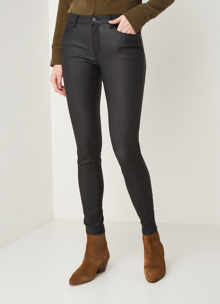 MANGO - Kim low waist skinny fit push up jeans met coating - Zwart