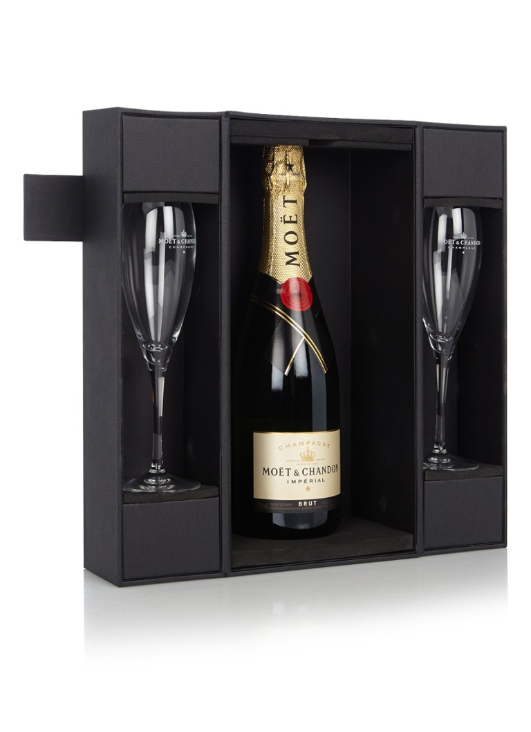 Moët & Chandon - Champagne Brut Impérial in geschenkverpakking 750 ml  - null